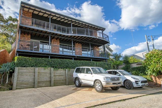 62 Bareki Road, Eleebana NSW 2282