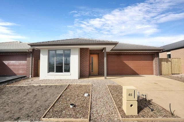 45 Fairfield Crescent, Diggers Rest VIC 3427