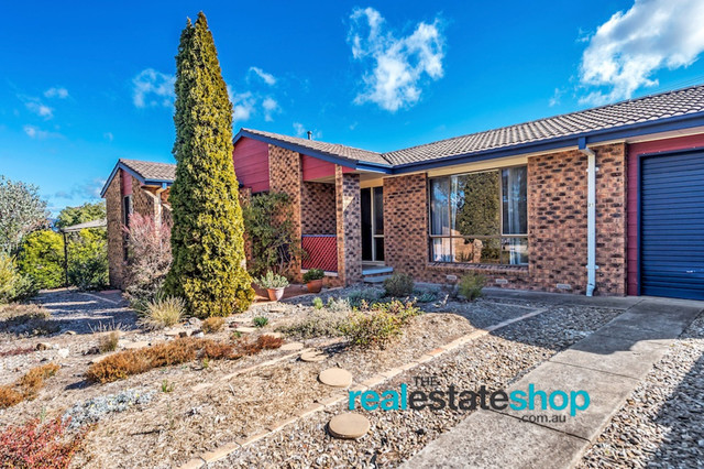 21 Weathers Street, Gowrie ACT 2904