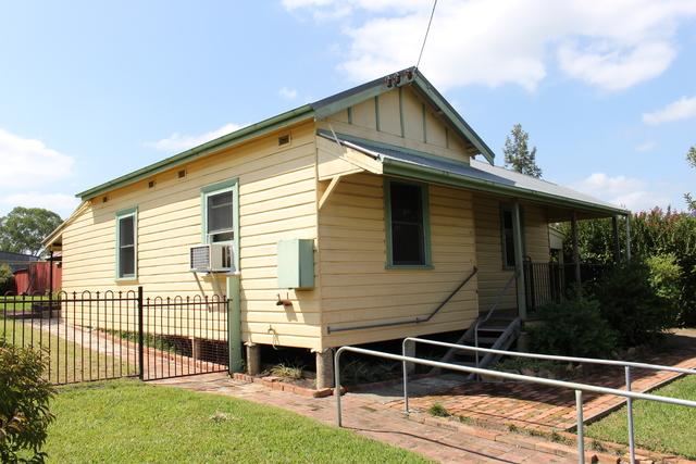 84 Denison St, Gloucester NSW 2422