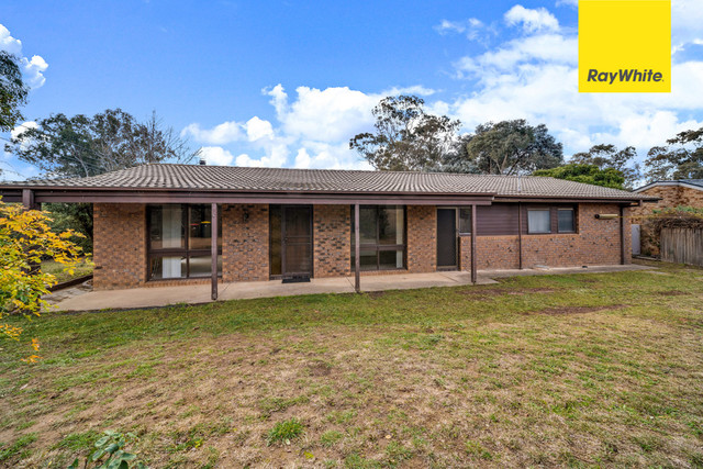 27 Lyall Crescent, ACT 2902