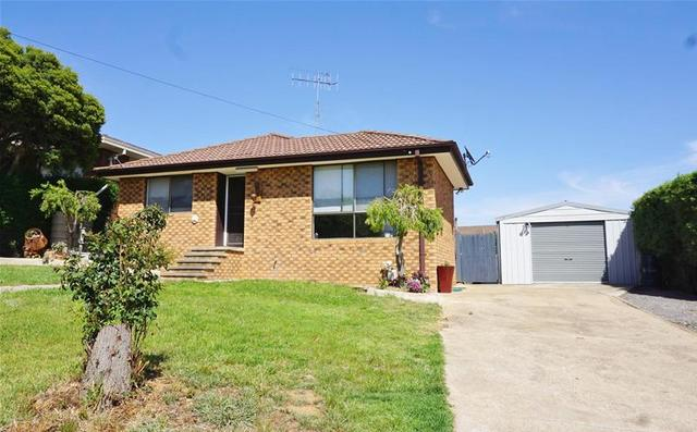 9 McBean Parade, NSW 2582