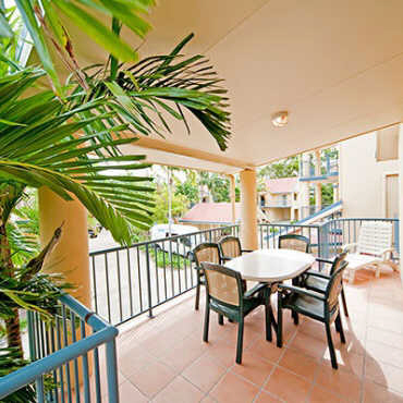 10 Beach Court 24 Beach Road, Cannonvale QLD 4802