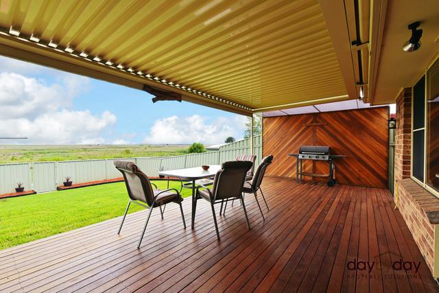 35 Gundaroo Cct, NSW 2287