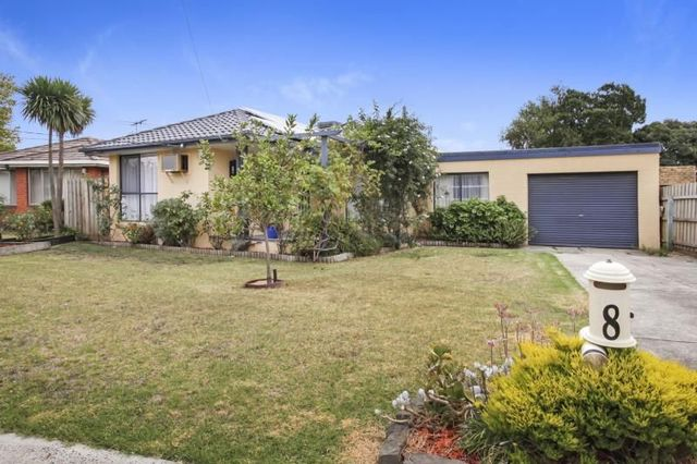 8 Altair Court, VIC 3043