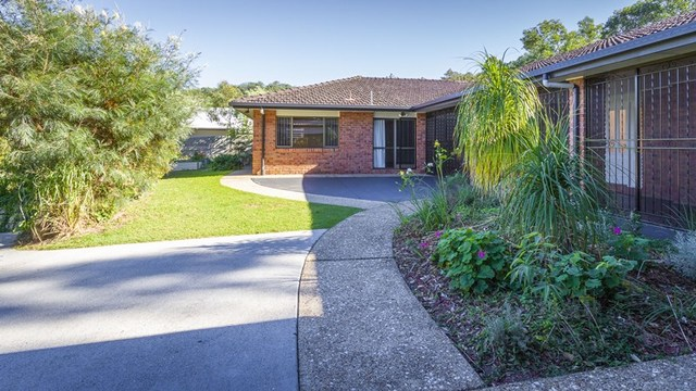 15 Christina Close, Ferny Grove QLD 4055