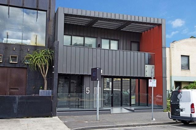 5 Bay Street, Port Melbourne VIC 3207