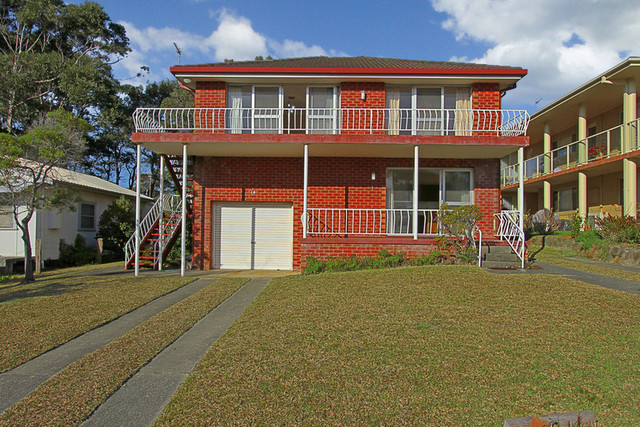 1/14 Wallace St, Mollymook NSW 2539