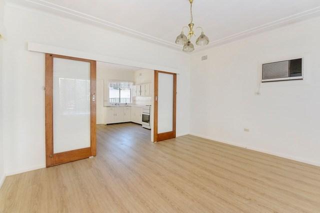 19 Billabong Street, Woy Woy NSW 2256