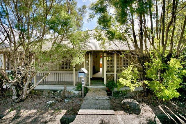 15 Alexandra St, Bardon QLD 4065