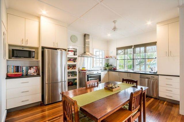 15 Philip Street, QLD 4800