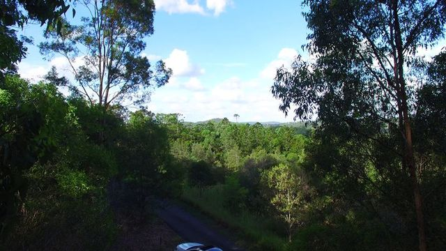 Old Farm Road, Pullenvale QLD 4069