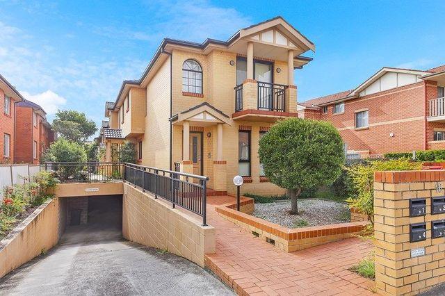 4/18 Kings Road, NSW 2046