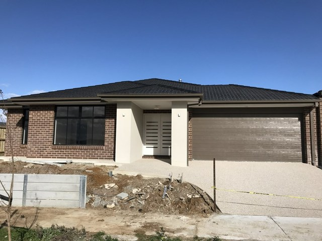 36 Sloane Drive, Clyde North VIC 3978