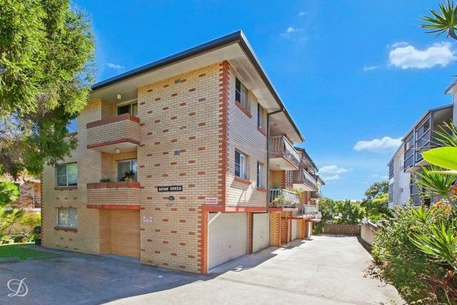 2/497 Rode Road, QLD 4032