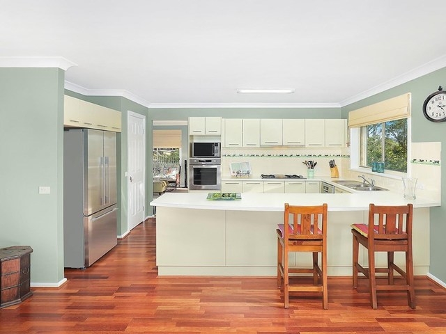 22 Ridge Street, Woodford NSW 2778