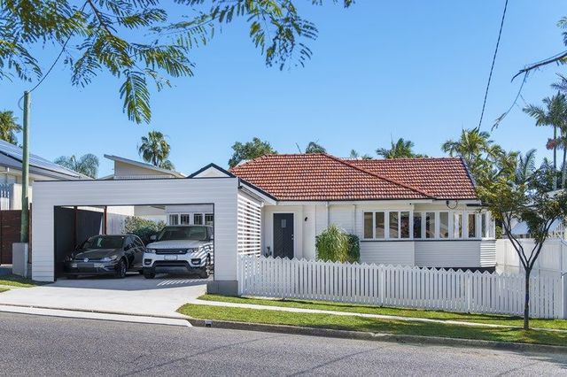22 Bayview Terrace, Wavell Heights QLD 4012