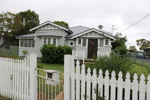 105 Bridge Street, Oakey QLD 4401