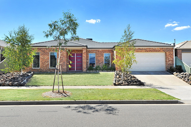 13 Keating Court, Miners Rest VIC 3352