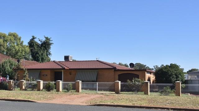 5 Truskett Street, Temora NSW 2666