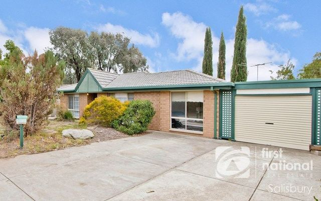 5 Kingswood Crescent, Paralowie SA 5108