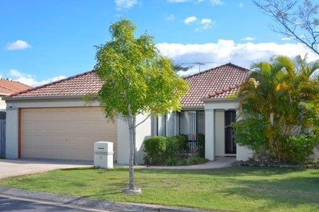 1 Manor Crescent, Wakerley QLD 4154