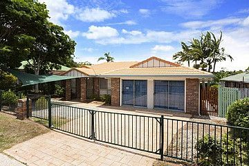 139 Middle Rd, Hillcrest QLD 4118