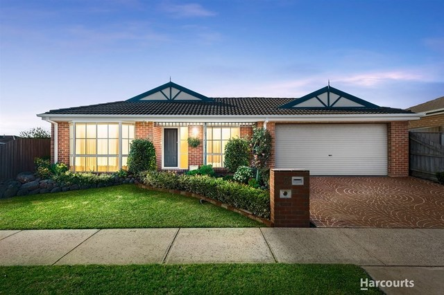 5 Fernwren Place, Carrum Downs VIC 3201