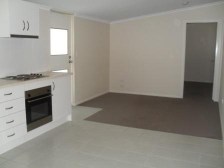 3a/18 Bridge Street, Coniston NSW 2500