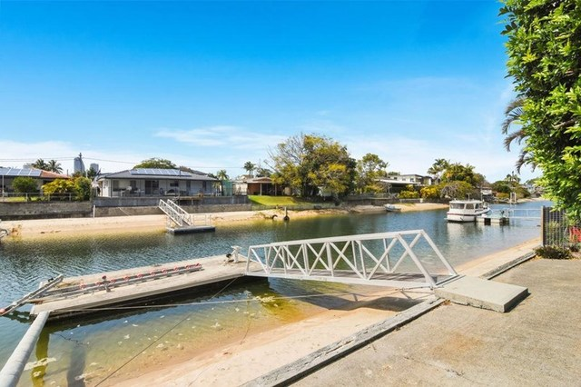 104 Rio Vista Boulevard, Broadbeach Waters QLD 4218