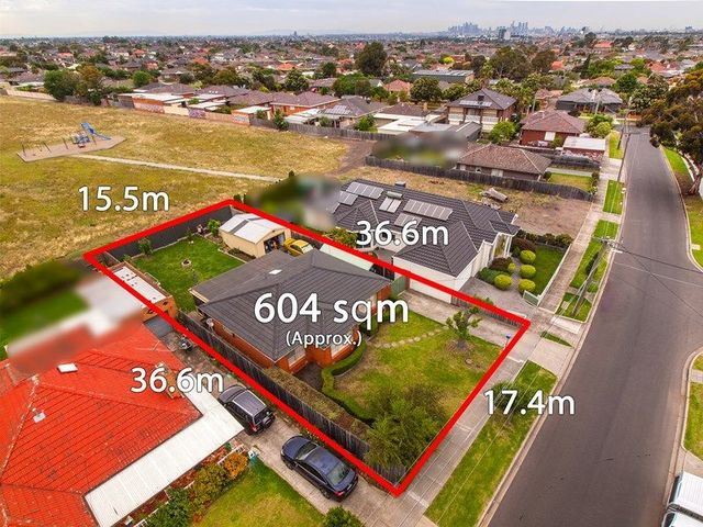 10 The Crossway South, VIC 3034