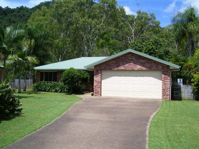 28 Panoramic Court, QLD 4802