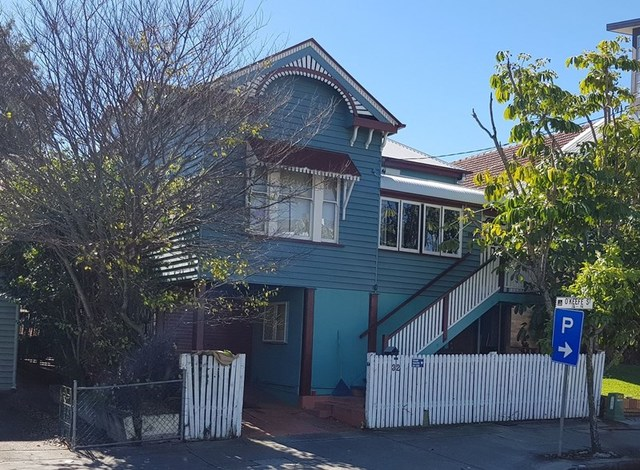 32 O'Keefe Street, QLD 4102