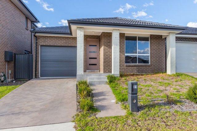 21 Scarlet Street, Jordan Springs NSW 2747