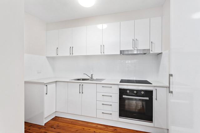2/63 Gilmore Street, Wollongong NSW 2500