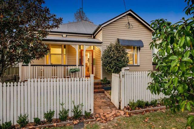 11 Burns Street, East Toowoomba QLD 4350