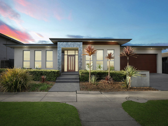 31 Quinane Street, Forde ACT 2914