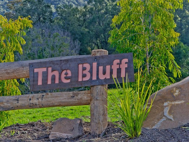 The Bluff Estate, Cedar Creek QLD 4520