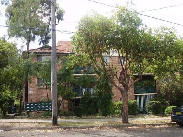 13/113 Meredith Street, Bankstown NSW 2200