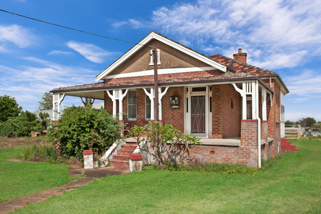 100 Louth Park Road, South Maitland NSW 2320