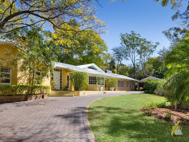 70 Pullenvale Road, Pullenvale QLD 4069