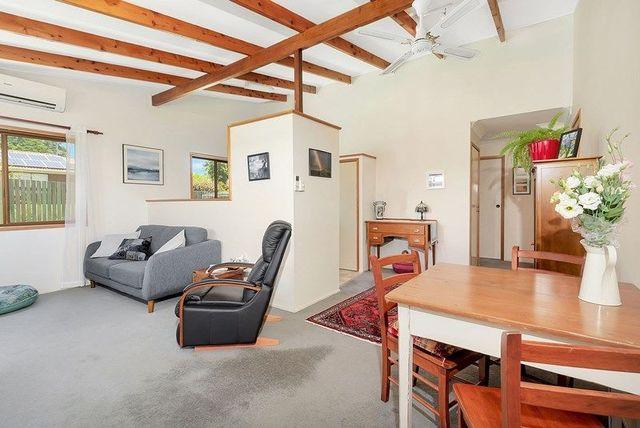 2/90A Alderley Street, QLD 4350