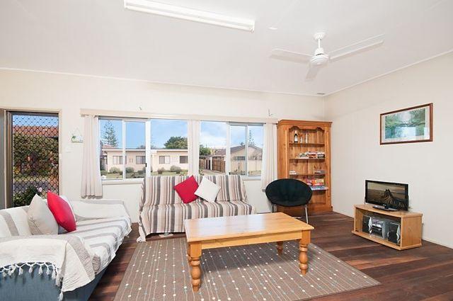 12 Harwood Street, Yamba NSW 2464