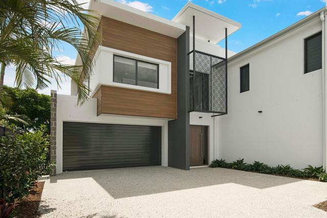 5B Emu Place, Burleigh Waters QLD 4220