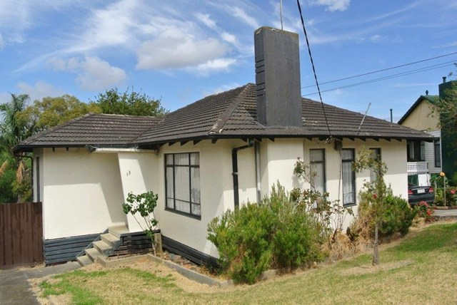 13 Lillypilly Avenue, Doveton VIC 3177