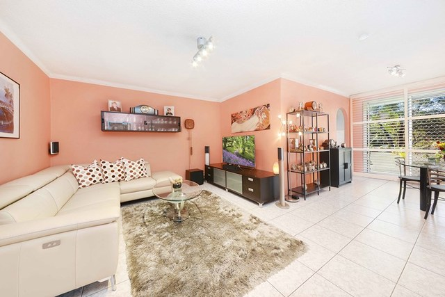 18/16 Grace Campbell Crescent, Hillsdale NSW 2036