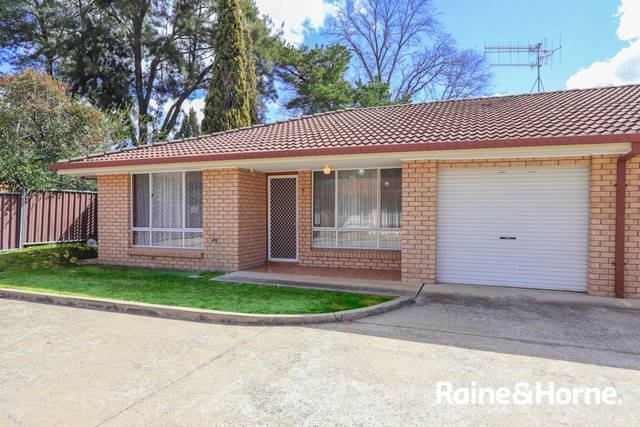 4/196 Piper Street, Bathurst NSW 2795