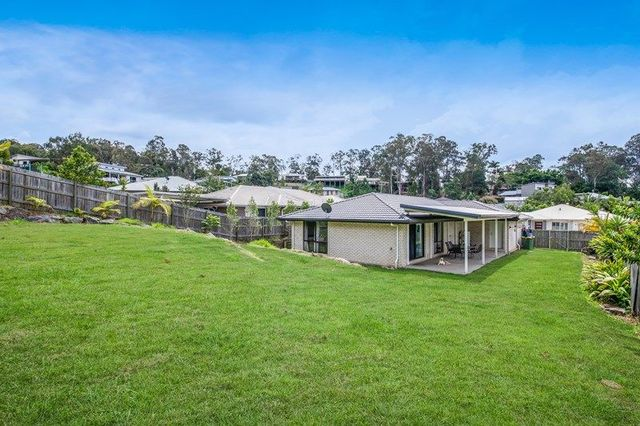 7 Fairview Court, Mooloolah Valley QLD 4553