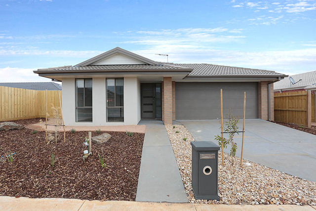 24 Clarice Crescent, Brookfield VIC 3338
