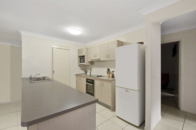1/1 Canaipa Court, Rothwell QLD 4022